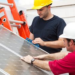 solar-installers-shutterstock_30193669-250x